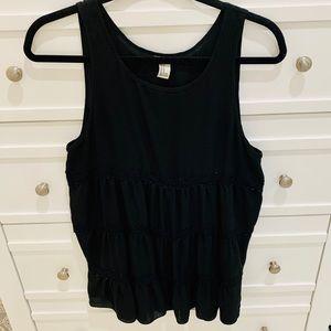 Black sleeveless tunic